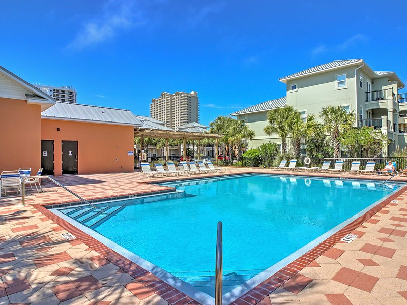 Enjoy luxurious amenities offered in a gated community when you stay at this superb vacation rental townhouse, complete with a community pool!