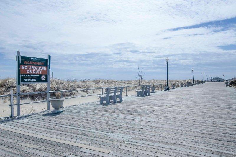 Joggen oder auf der Promenade spazieren gehen!
