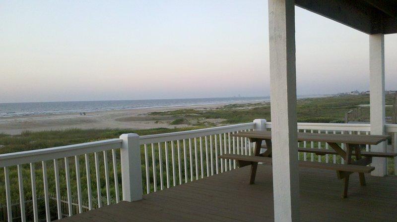 Bench,Railing,Balcony,Deck,Porch