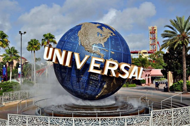 Only 10 minutes form Universal Studios Hollywood
