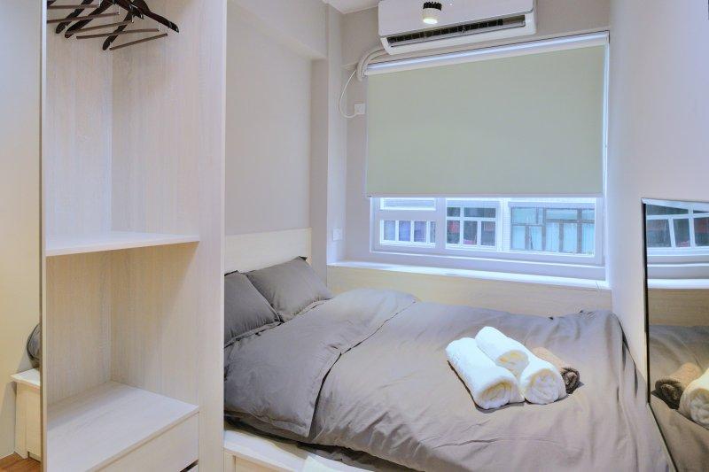 Wing Lok 80 Luxury Studio *3A, vacation rental in Shenzhen