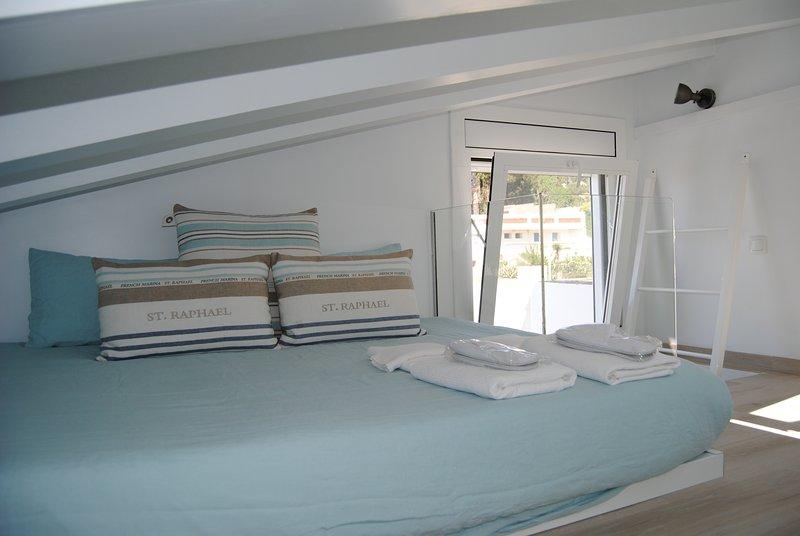 Apartamento a 50 metros de playa en LLAFRANC (Costa Brava). Alquiler por semanas, vacation rental in Llafranc