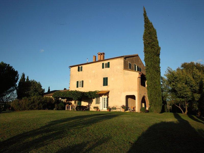 Casale Poggetti tra le colline maremmane, alquiler vacacional en Bivio Montorgiali