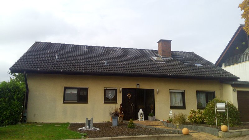 Lenas Ferienzimmer (Studio) – semesterbostad i Nackenheim
