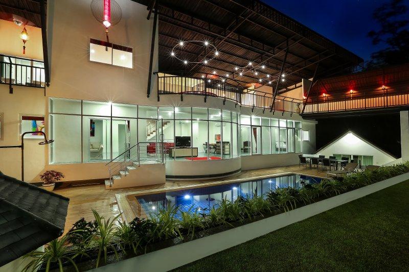 Villa la nuit