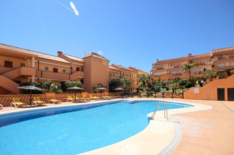1962 - 2 bed apartment, Club La Costa, El Faro, Fuengirola, location de vacances à Fuengirola