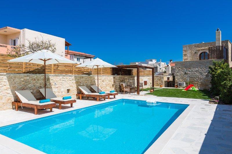 30m2 privé zwembad om te genieten en te ontspannen!