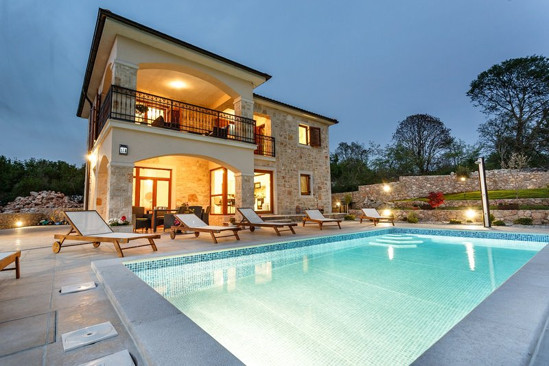 Villa ivana with a private swimming pool has secure - Summer house with swimming pool review ...