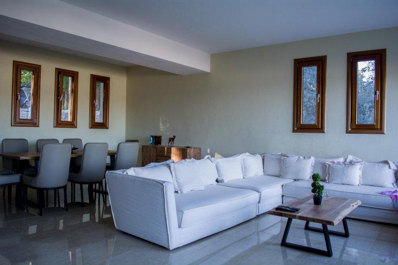 Blue Angels Villa, location de vacances à Skiathos Town