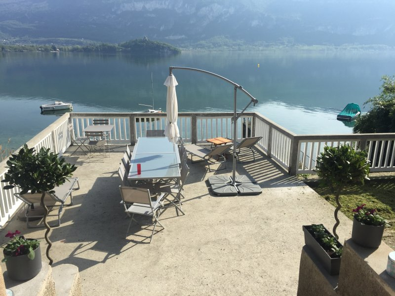 House on the shores of the lake du Bourget, Savoie, vacation rental in Saint-Bois