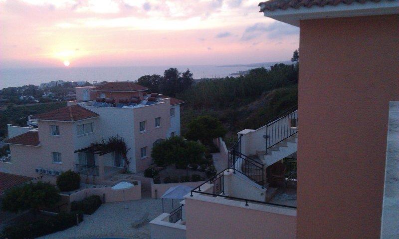 2 B/R Chloraka Terrace Anastasia House Apartments, vacation rental in Empa