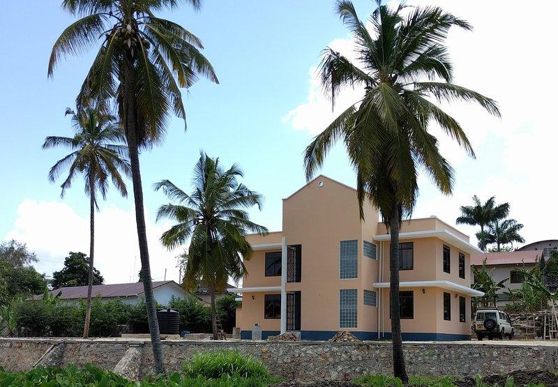 New Building One Bedroom Apartment Complex, casa vacanza a Dar es Salaam