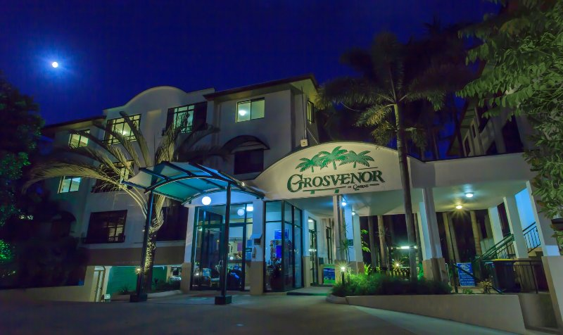 Grosvenor in Cairns - Holiday Apartments - Studio, 1 chambre ou appartements de 2 chambres disponibles.