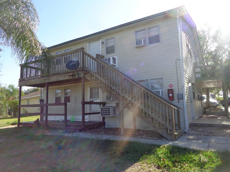 Lake front complex Motel & Villas, holiday rental in Lake Wales