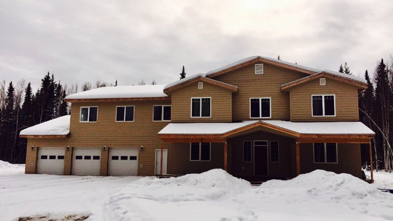 New Studio! Heartland Ranch! Walk to River!, holiday rental in Fairbanks