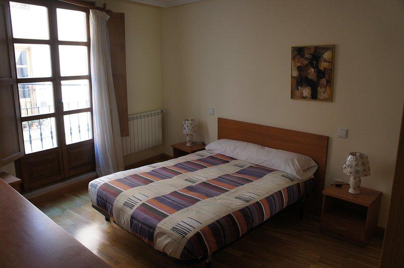 Monumental Apartments Salamanca 102, holiday rental in Valdemierque