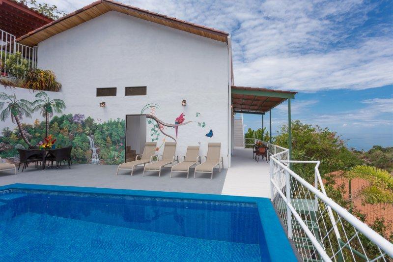 Casa Moreno, completado enero 2016. 3000 sq. Ft. Espacio dentro de la vida.