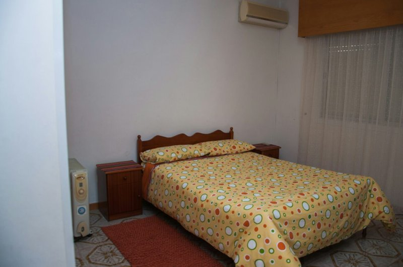 Classic Apartment near the beach, holiday rental in Agios Athanasios