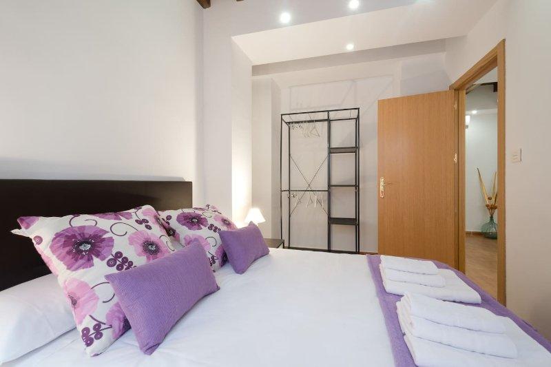 Situacion Inmejorable, CENTRO GRANADA, Apartamentos Malubla, holiday rental in Granada
