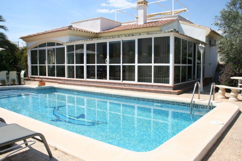quiet located holiday home for 6 persons near Costa Blanca beaches, holiday rental in La Murada
