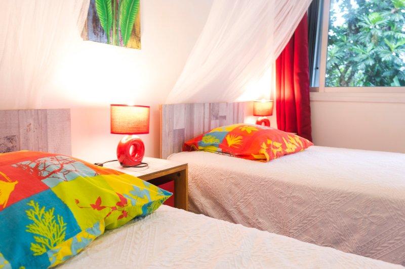 Twin room Hibiscus