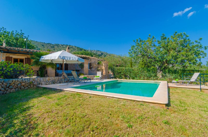 SON BARBOT (CAN ROBI NOU) - Villa for 4 people in Sant Llorenc Des Cardassar, vacation rental in Son Servera