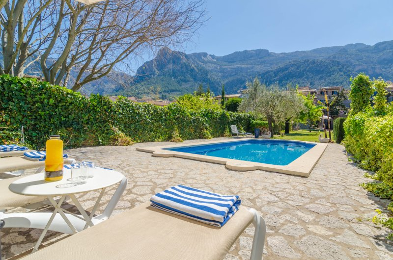 CAN GARROVA - Villa for 8 people in Sóller, vacation rental in Soller