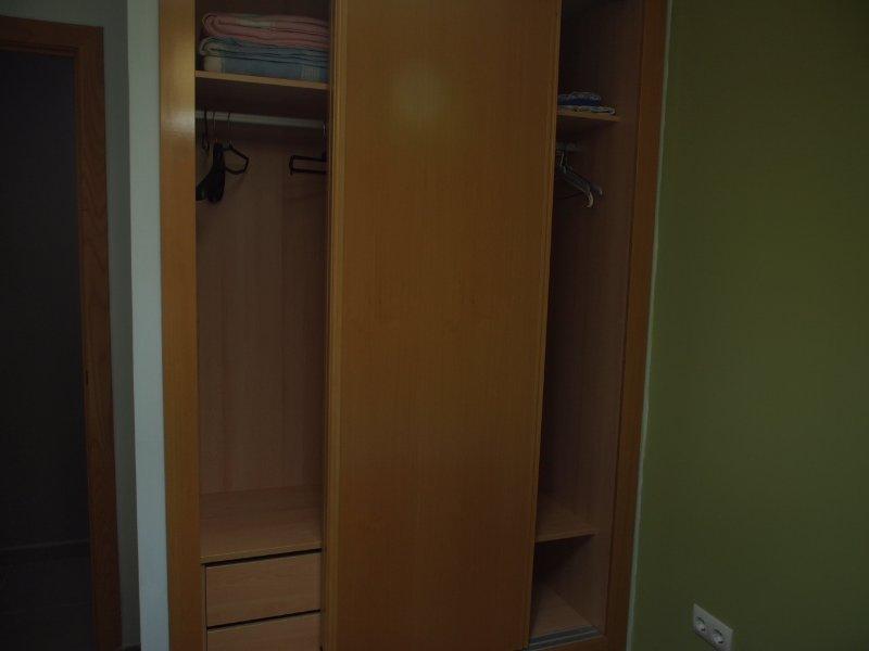 10. Auxiliary-Bedroom