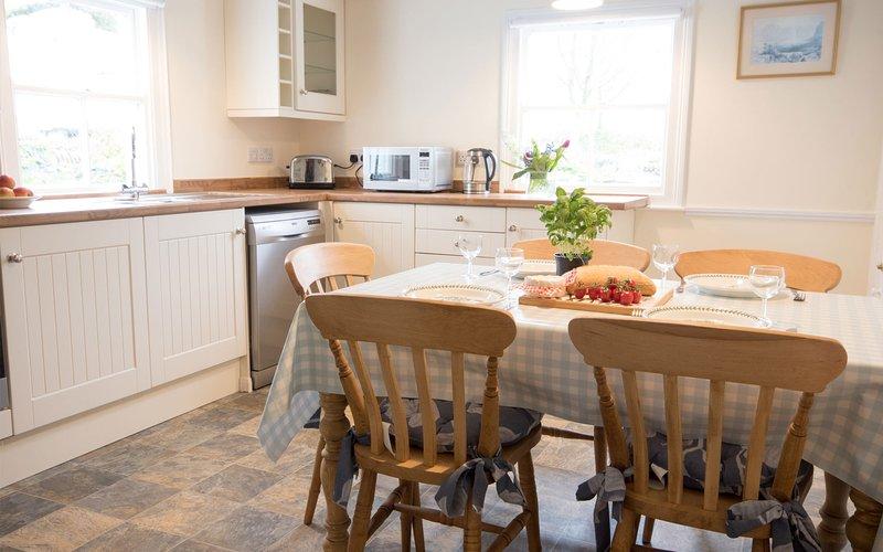 Sunny farmhouse kitchen