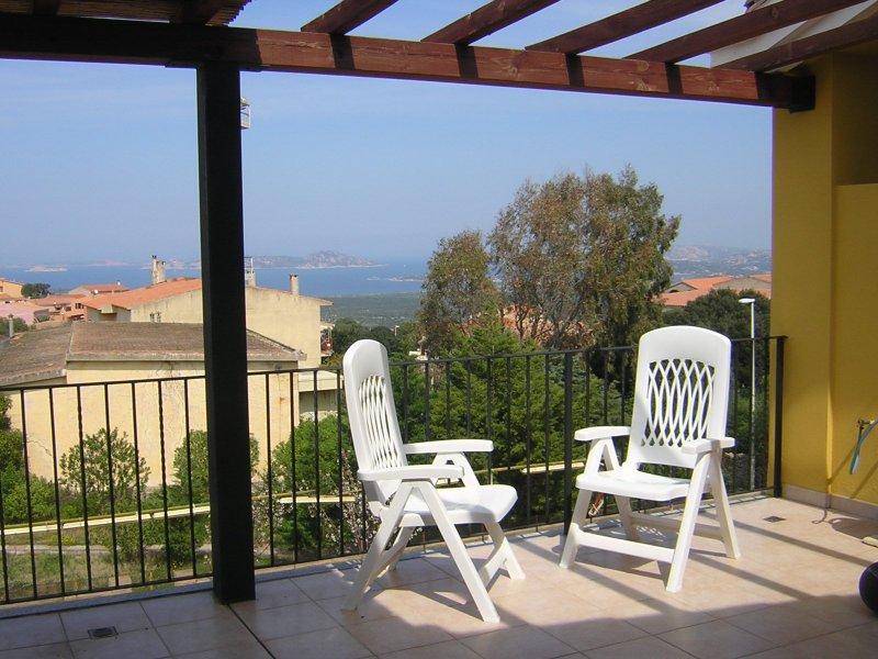 Panoramicissimo Arcipelago La Maddalena, holiday rental in Bassacutena