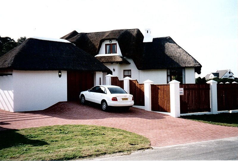 7 Bedroom house, ocean view, 50 metres from the beach., holiday rental in Humansdorp