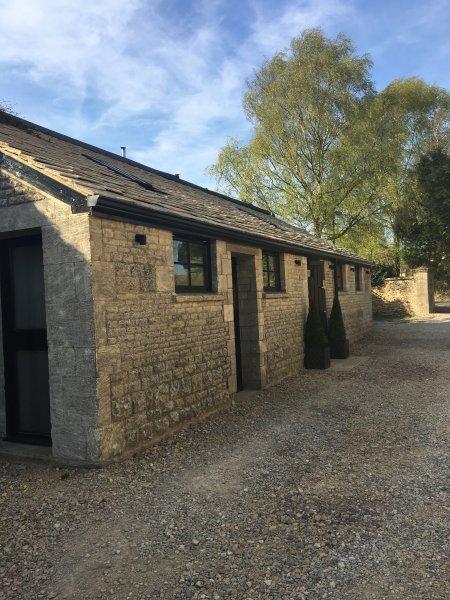 New Cottage Loos. Cotswold pedra destacada casa de campo no coração do Cotswolds.