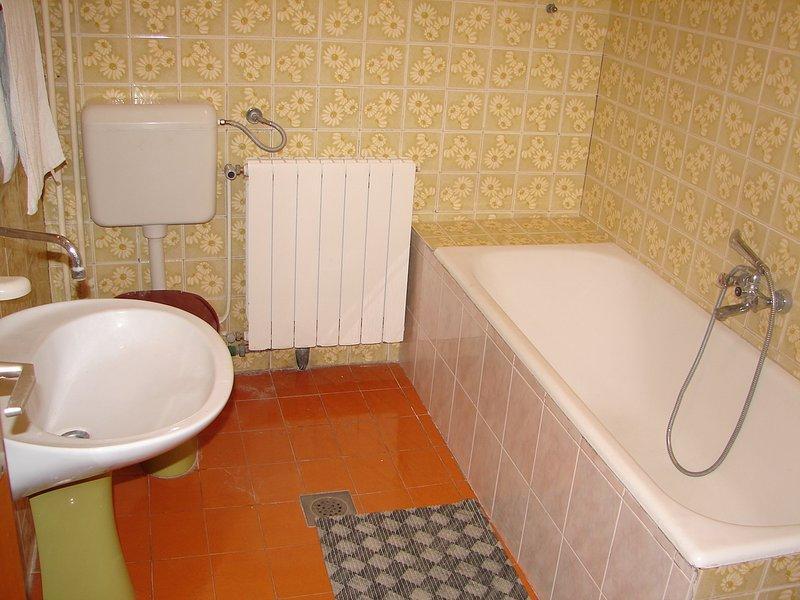 A1 (4 + 1): Bad mit WC