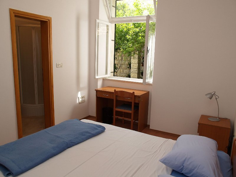 A1(6+2): bedroom