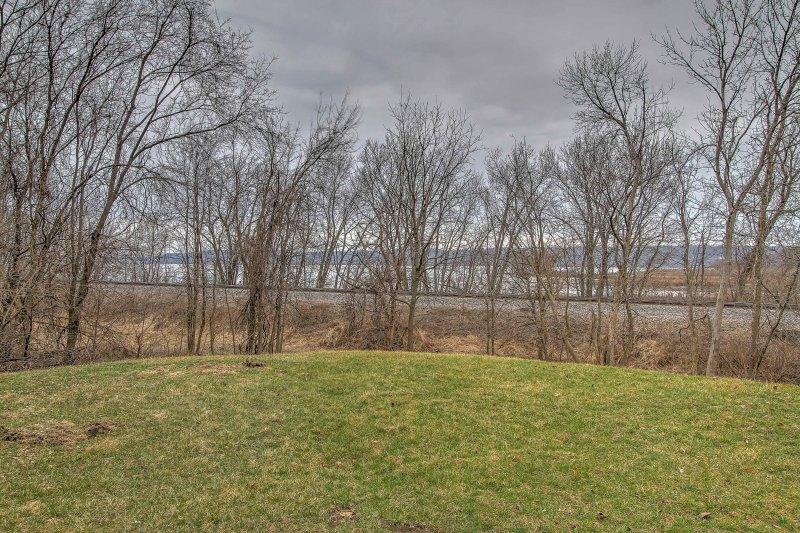 Situé le long de la rivière Mississippi, passer vos journées à nager ou à la pêche dans les eaux fraîches!
