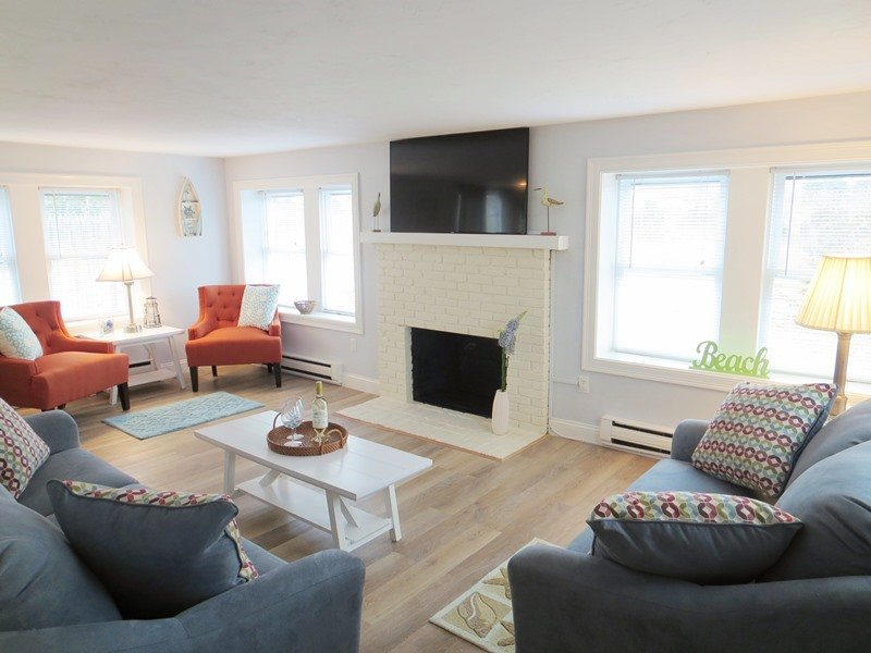 Welcome to Salty Paws! Entering from the Front door into the spacious living room- 15 Oyster Drive Chatham Cape Cod New England Vacation Rentals