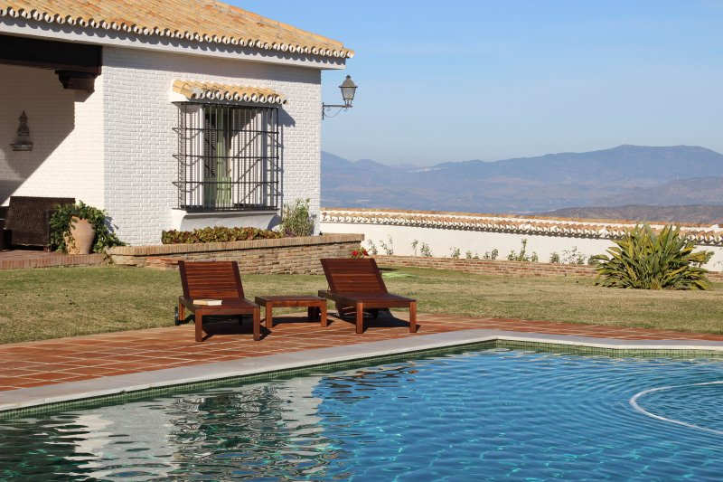 Sun  Home LAs Breñas, vacation rental in Cartama