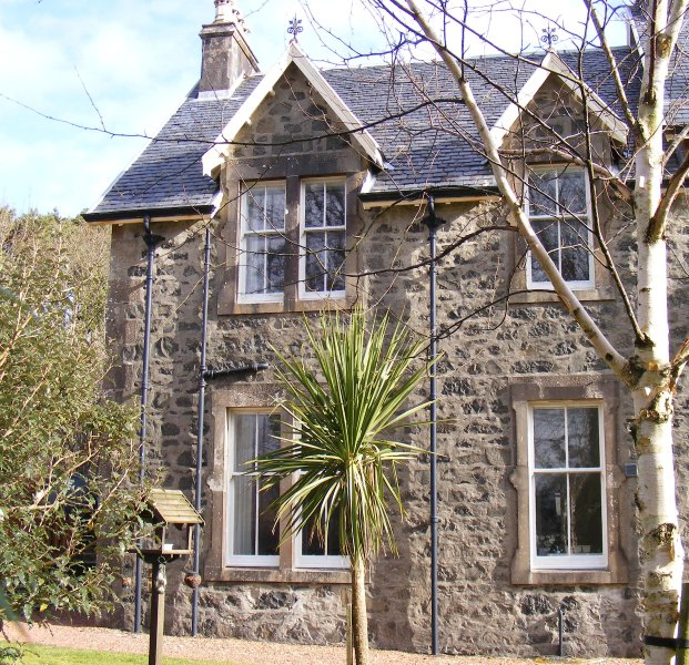 Oakfield Cottage, Tobermory, Isle of Mull, Argyll, holiday rental in Tobermory