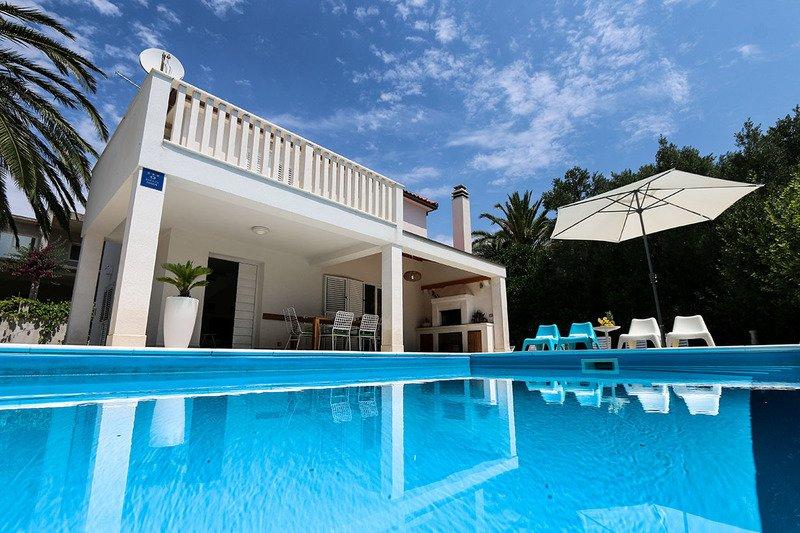 Casa con piscina cerca del mar en alquiler, Orebic, Peljesac