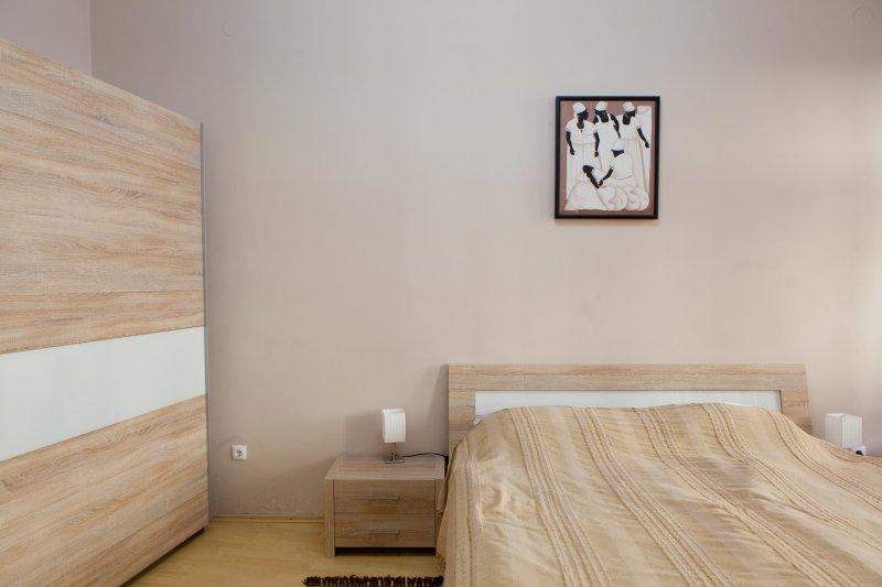 Apartment VIKTORIJA - master bedroom with double bed