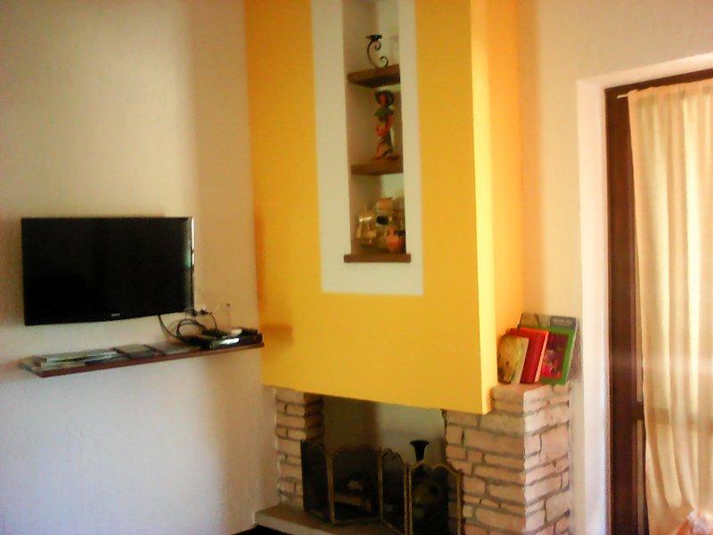 casa vacanza con giardino privato 017179-CNI-00077, holiday rental in Sirmione