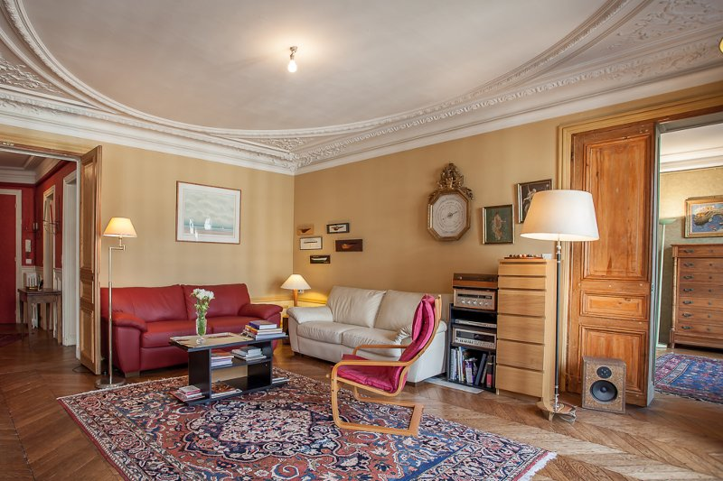With spendid balcony views on the Arc de Triomphe, vacation rental in Aubervilliers