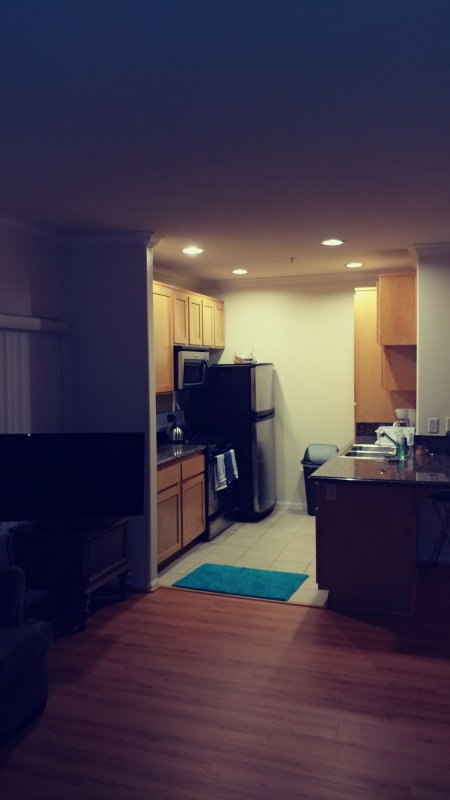Fully equipped kitchen. Washer and dryer too.