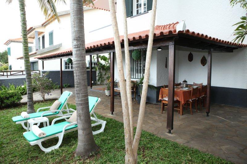 Villa Tulip Tree, alquiler de vacaciones en Sao Goncalo