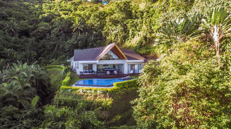 Private luxury home rental in Rarotonga Cook Islands. Dramatic hillside location.