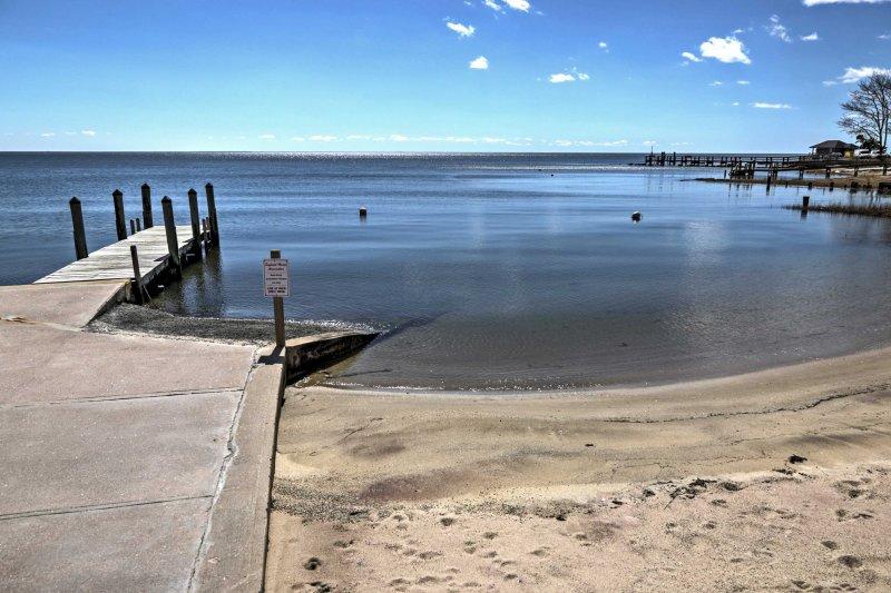 Ce chalet de plage est niché à quelques pas d'une plage privée.
