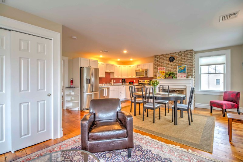 Explore the historic seaport of Greenport Village from this recently remodeled 1-bedroom, 1-bathroom vacation rental apartment that comfortably sleeps 2.