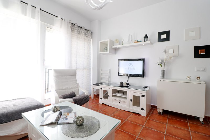 ALEGRE VIVIENDA JUNTO AL MAR. RT0103, vacation rental in Rota