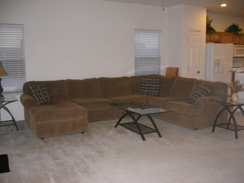 COMFORTABLE RELAXING HOME - SHORT OR LONG TERM, holiday rental in Maricopa