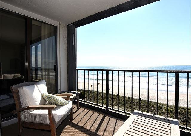 Station One 5C Oceanfront Balcony